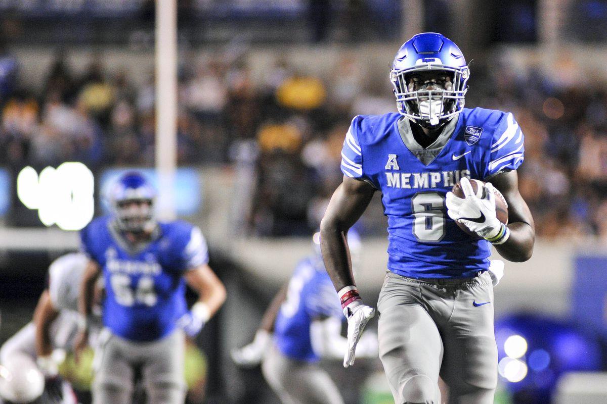 NCAA Football: Connecticut at Memphis