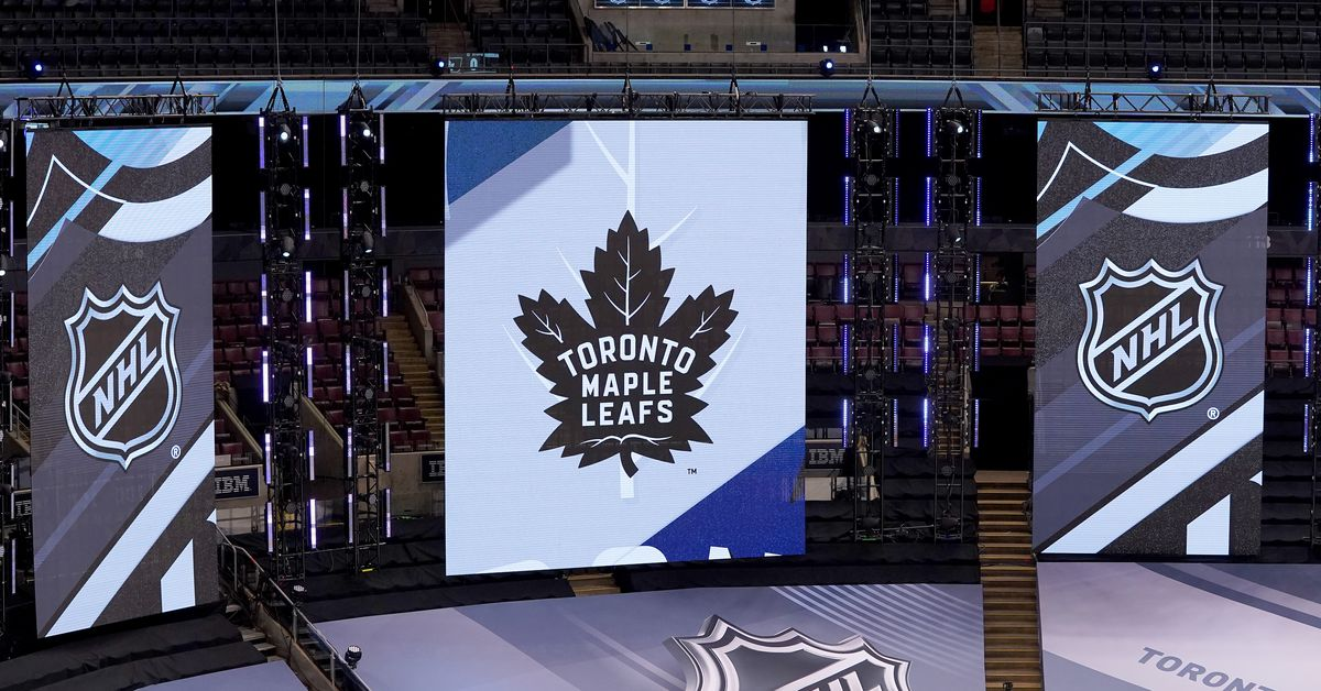 Blue & White Preview: Leafs on Leafs action on your TV screen