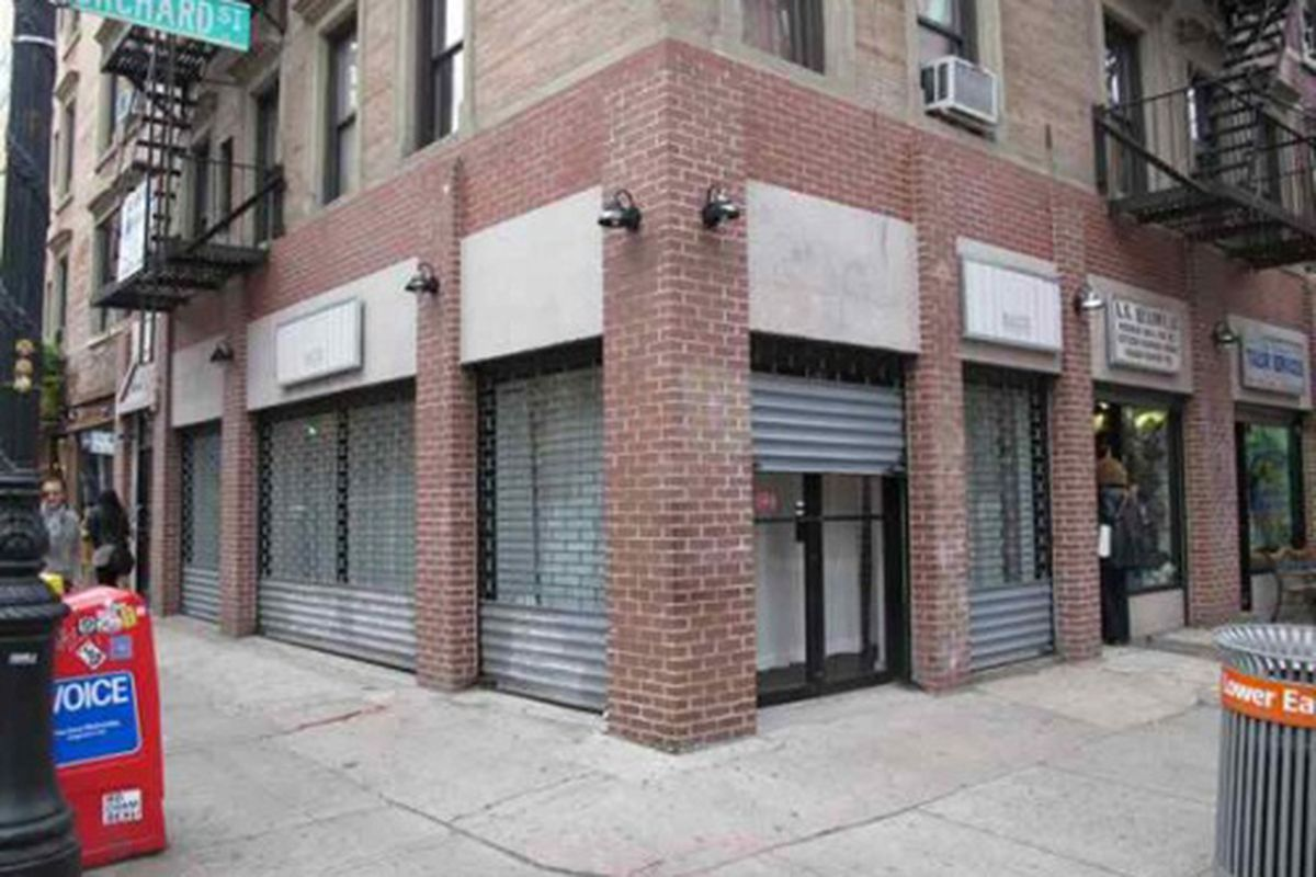 """Image via <a href=""""http://www.boweryboogie.com/2011/11/suite-orchard-closing-its-145-orchard-boutique/"""">Bowery Boogie</a>"""