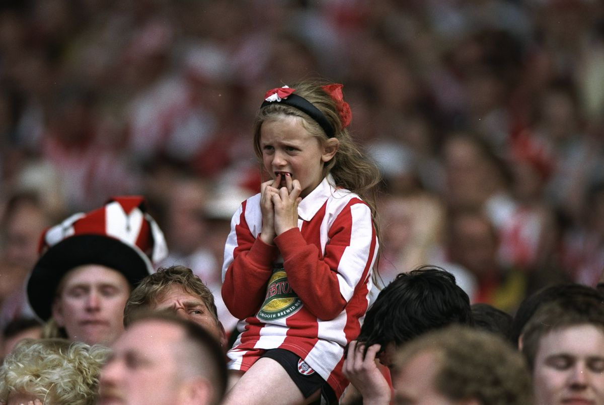 A young Sunderland fan