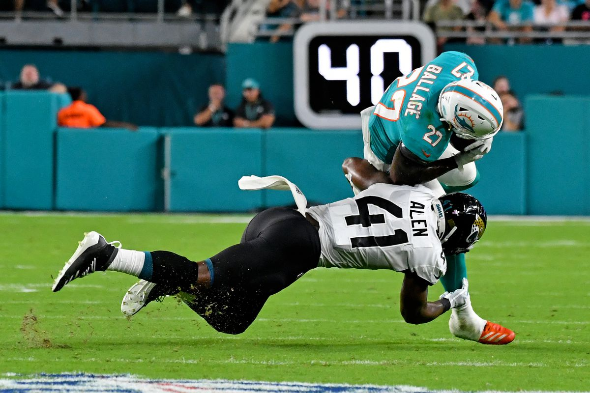 6d07fc33 Jaguars vs. Dolphins: 6 players who stood out in 22-7 loss - Big Cat ...