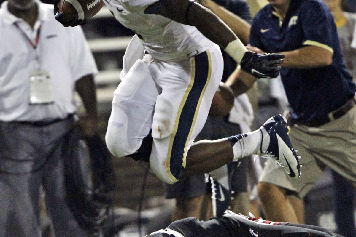Ray Graham and Pitt hope to upset Virginia Tech on Saturday (Frank Victores-US PRESSWIRE)