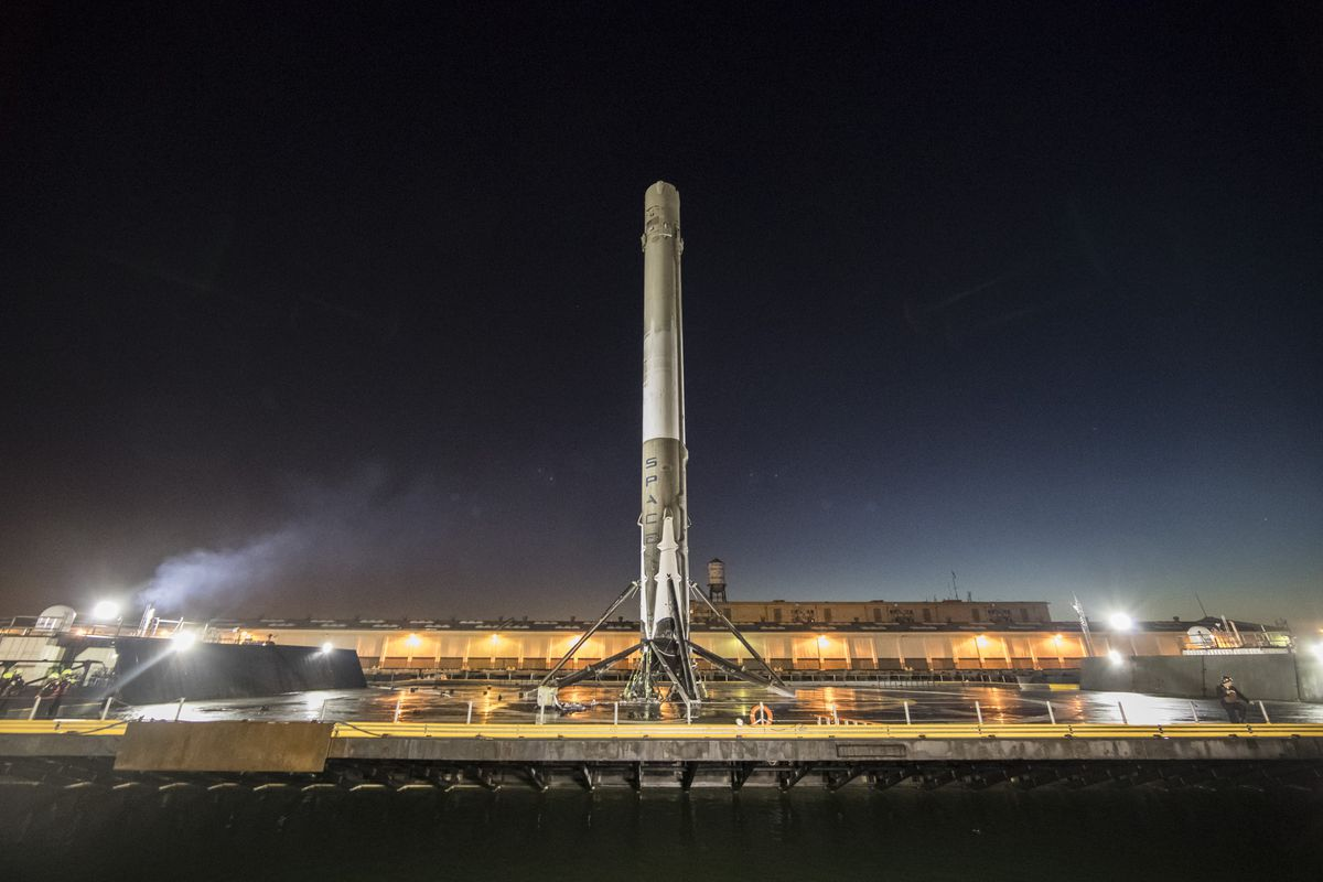 we won t be seeing any of these pictures after launch spacex