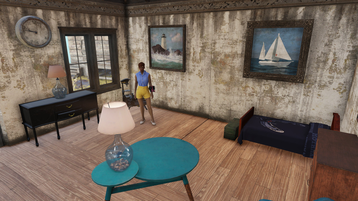 wine mom inside a house in Fallout 76