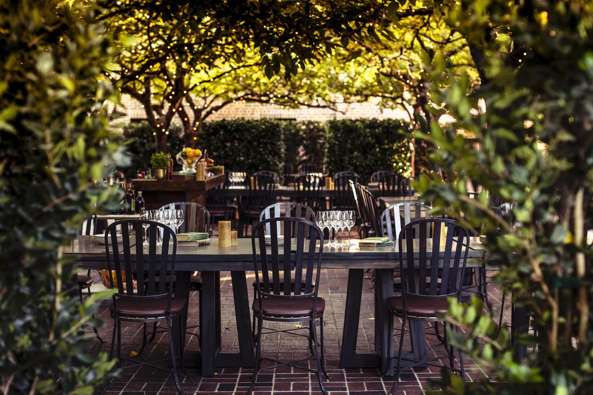Seating in the outdoor courtyard at the Charter Oak