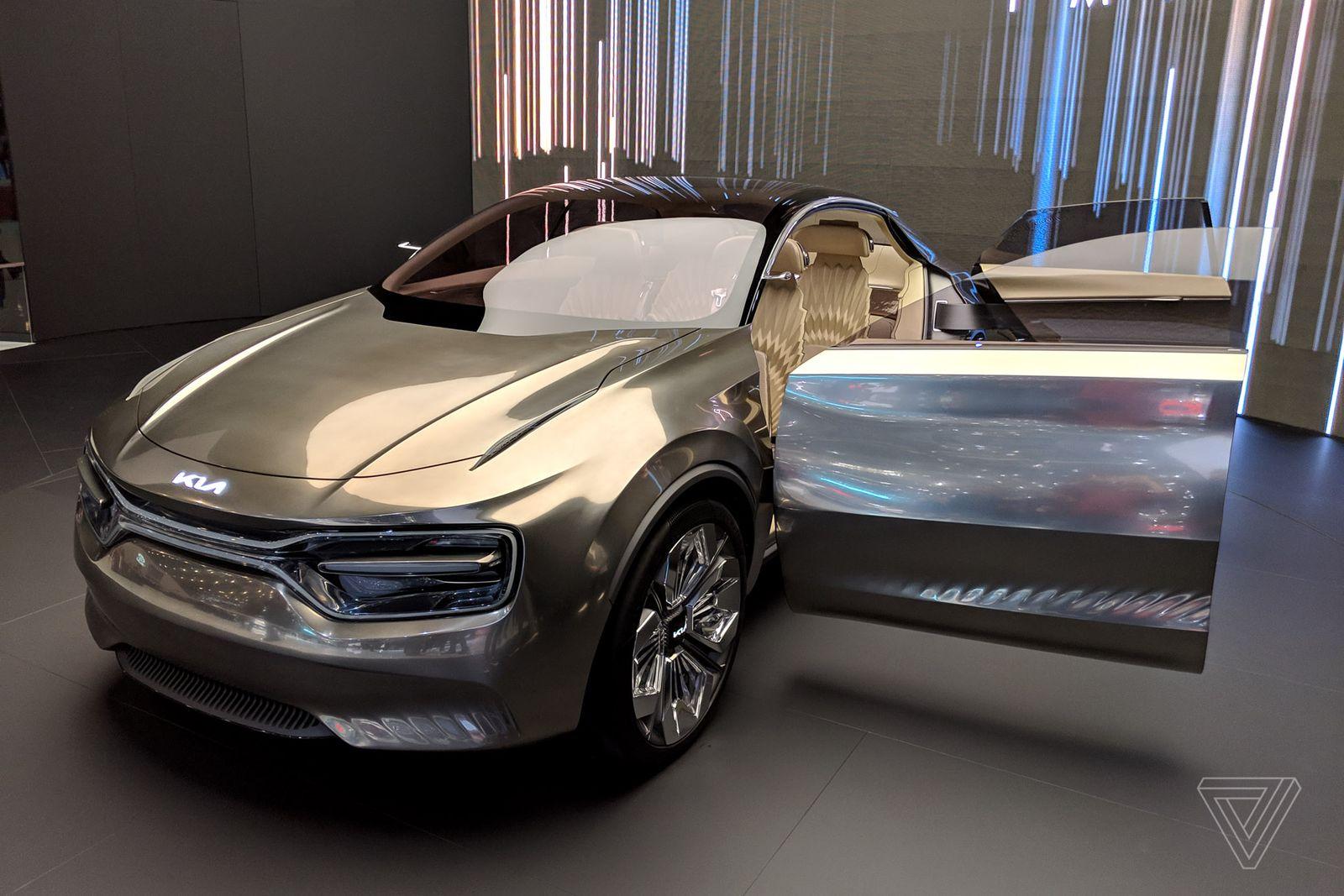 Chiêm ngưỡng concept xe KIA cực dị: có tới 21 màn hình điều khiển - Ảnh 9.