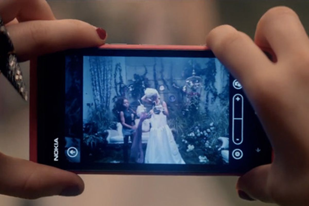 "A Nokia Lumia 800 in Carly Rae Jepsen's ""This Kiss"""