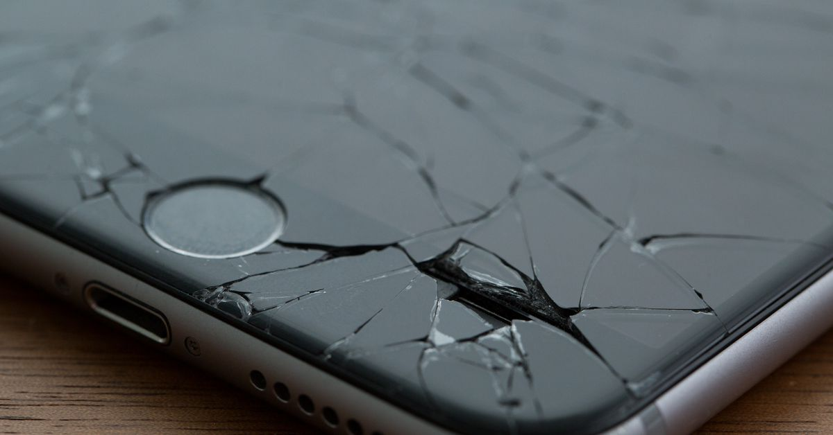 Apple will let more independent repair shops buy 'genuine' iPhone parts