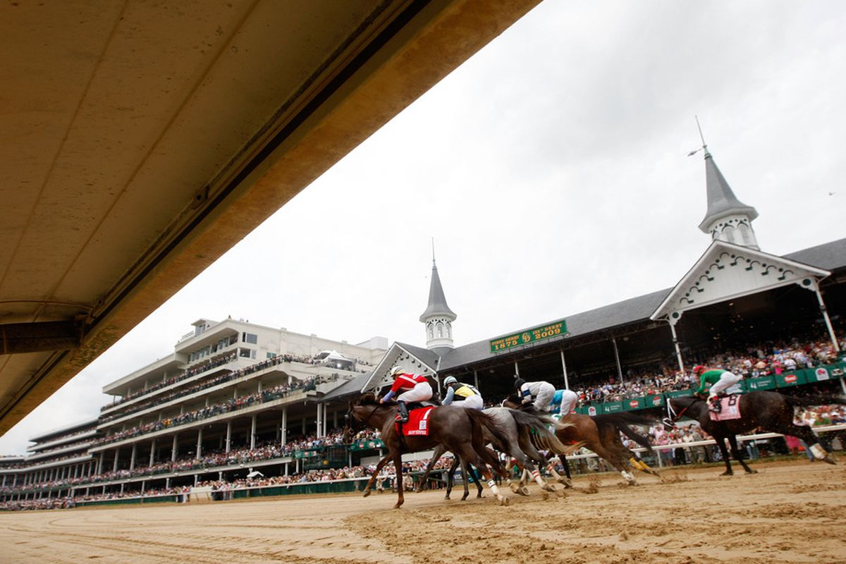 LOUISVILLE, KY - MAY 01: Horses run in the Louisville Distaff prior to the 135th Kentucky Oaks on May 1, 2009 at Churchill Downs in Louisville, Kentucky. (Photo by Jamie Squire/Getty Images)