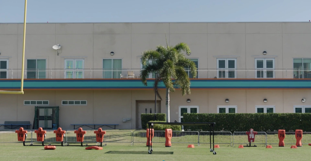 ballers dolphins offices