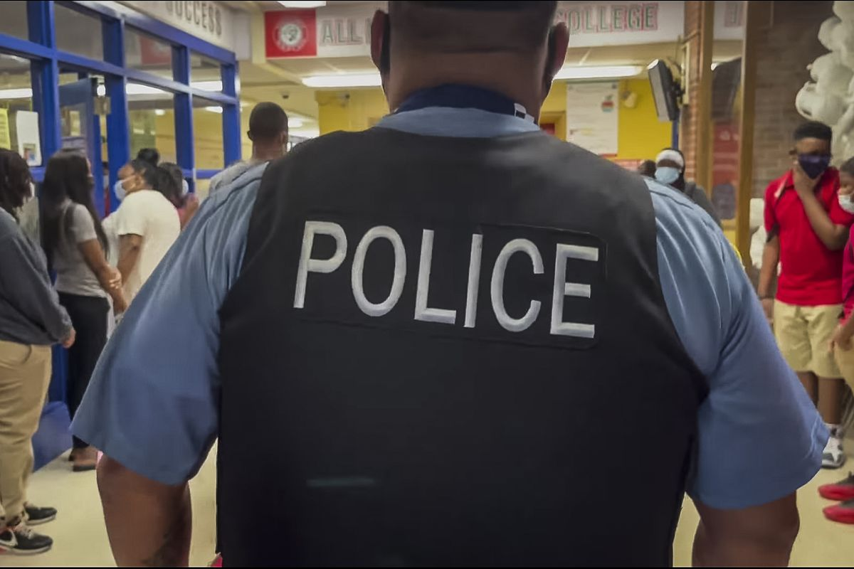 """""""We find it heartening that at least a small number of CPS schools have voted to remove all full-time police officers,"""" the Sun-Times editorial board writes, """"and dozens of other schools have developed plans for alternatives to blunt police discipline."""""""