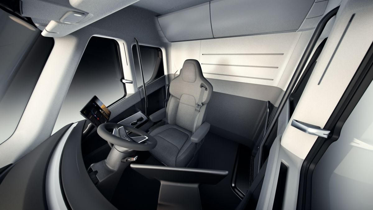 Semi_Interior_Overview.jpg