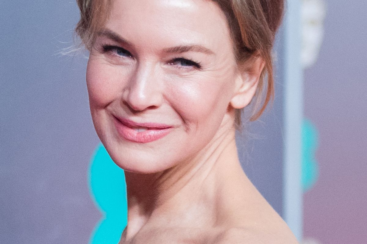 Renée Zellweger attends the EE British Academy Film Awards 2020 at Royal Albert Hall on February 02, 2020 in London, England.
