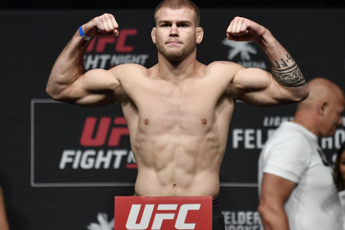 UFC Fight Night Felder v Hooker: Weigh-Ins