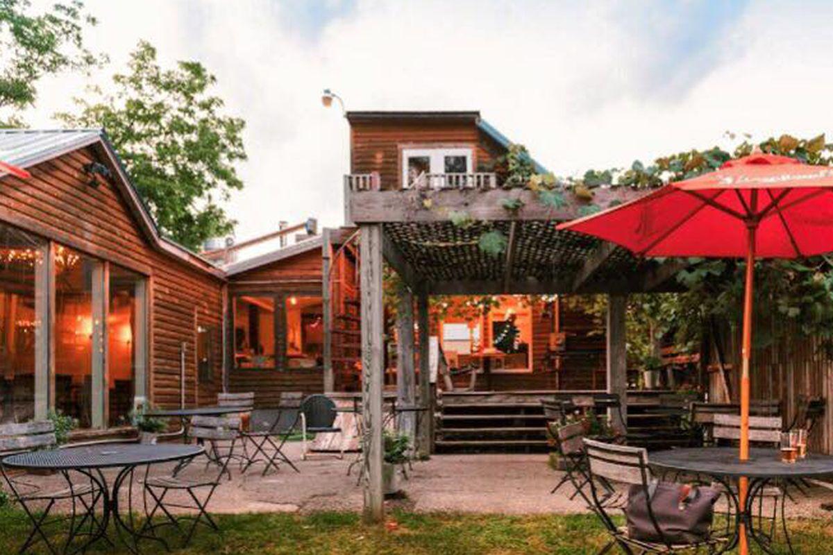 The patio at Chef Shack Bay City