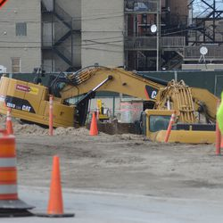 3:20 p.m. Excavation work in the triangle lot -