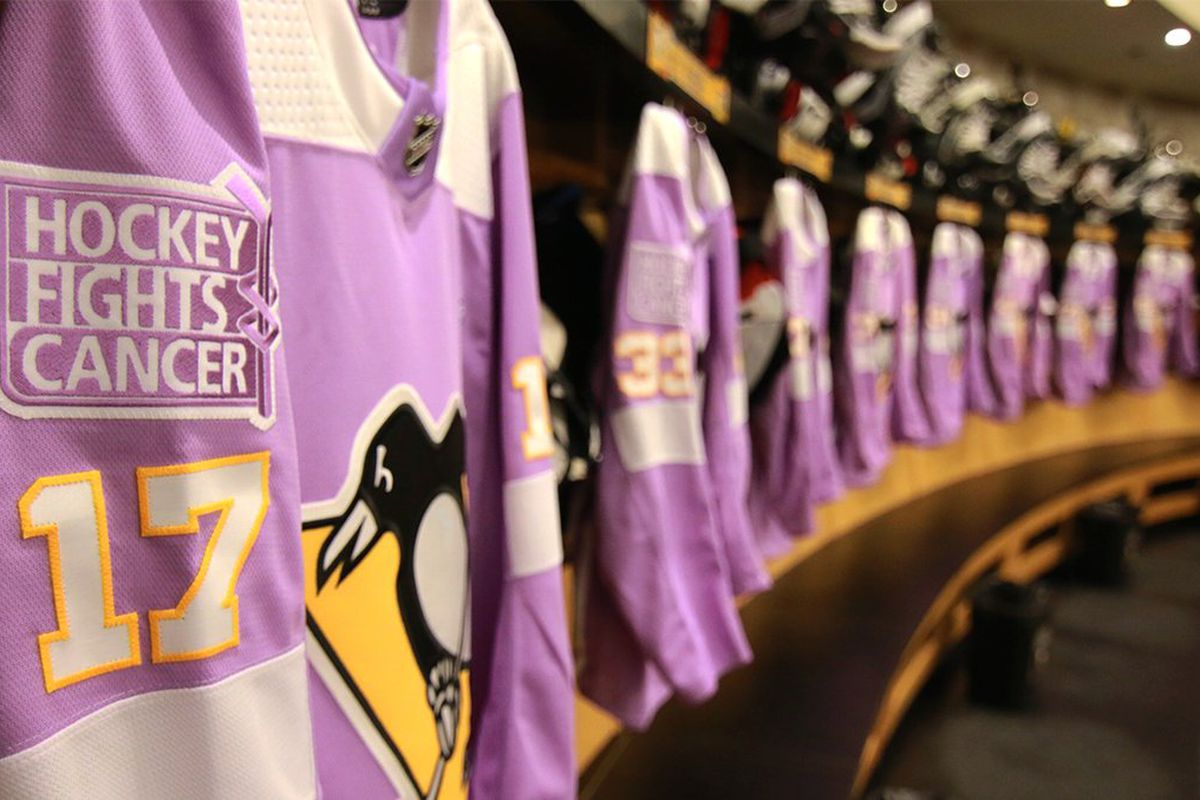 wholesale dealer 3f16b 2b114 The Penguins took part in 'Hockey Fights Cancer' night last ...