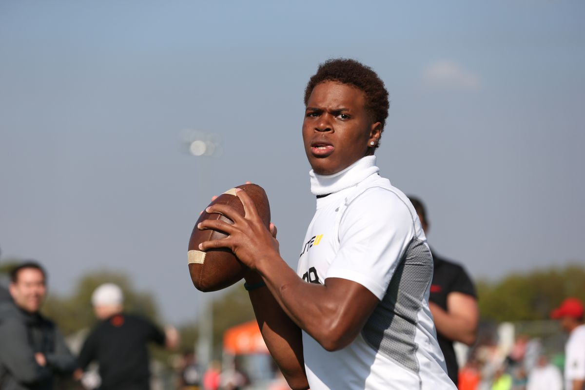 Deondre Francois was one of the many OSU targets to standout over the weekend at the Elite 11 and Nike Football Training Camps in Florida.