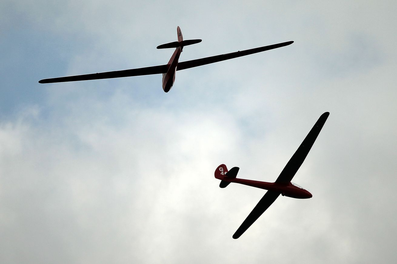 ai gliders learn to fly using air currents just like birds