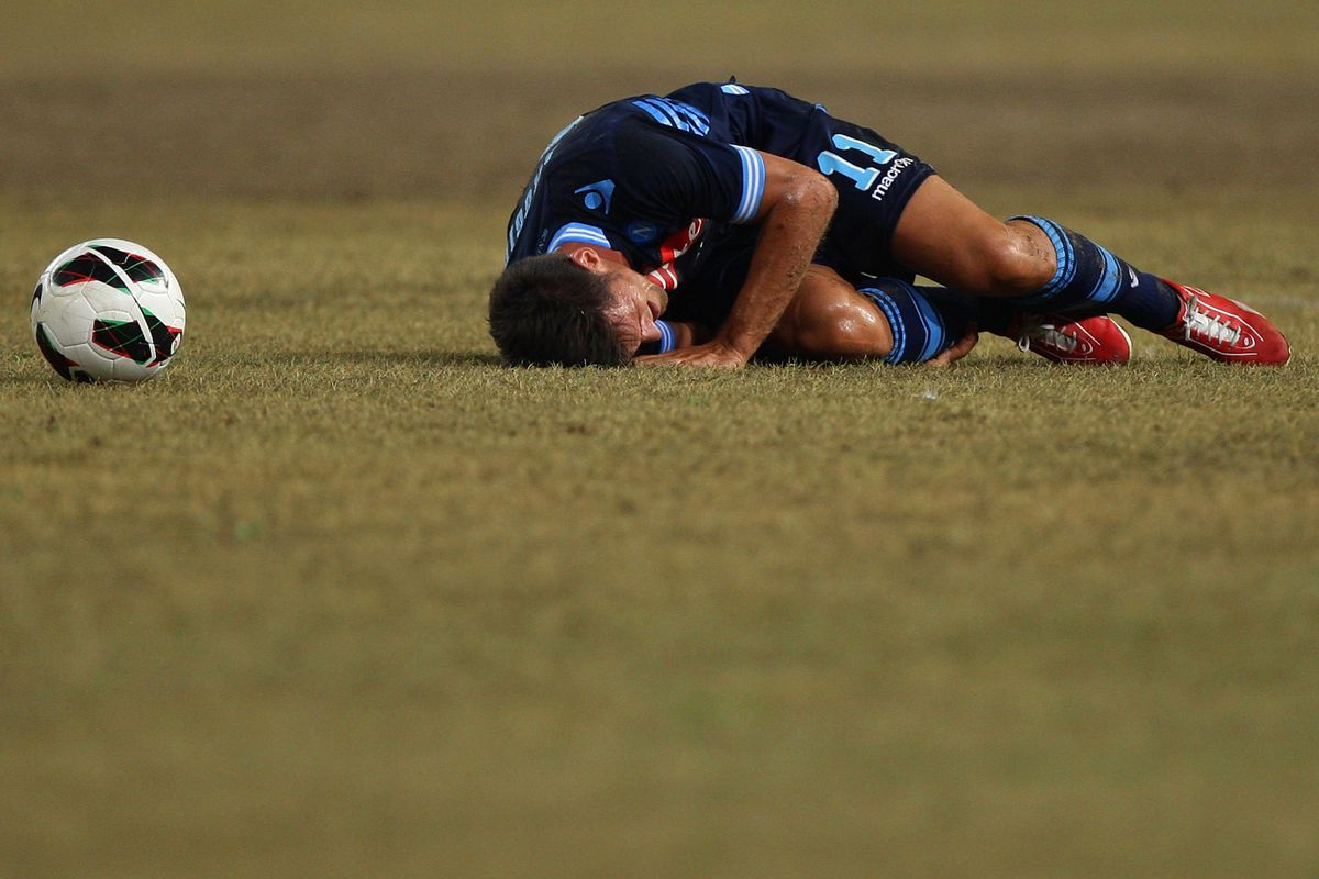 Christian Maggio drops dead after being forced to play both right AND left wing.