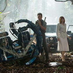 """Chris Pratt and Bryce Dallas Howard stumble upon the unthinkable in """"Jurassic World."""""""