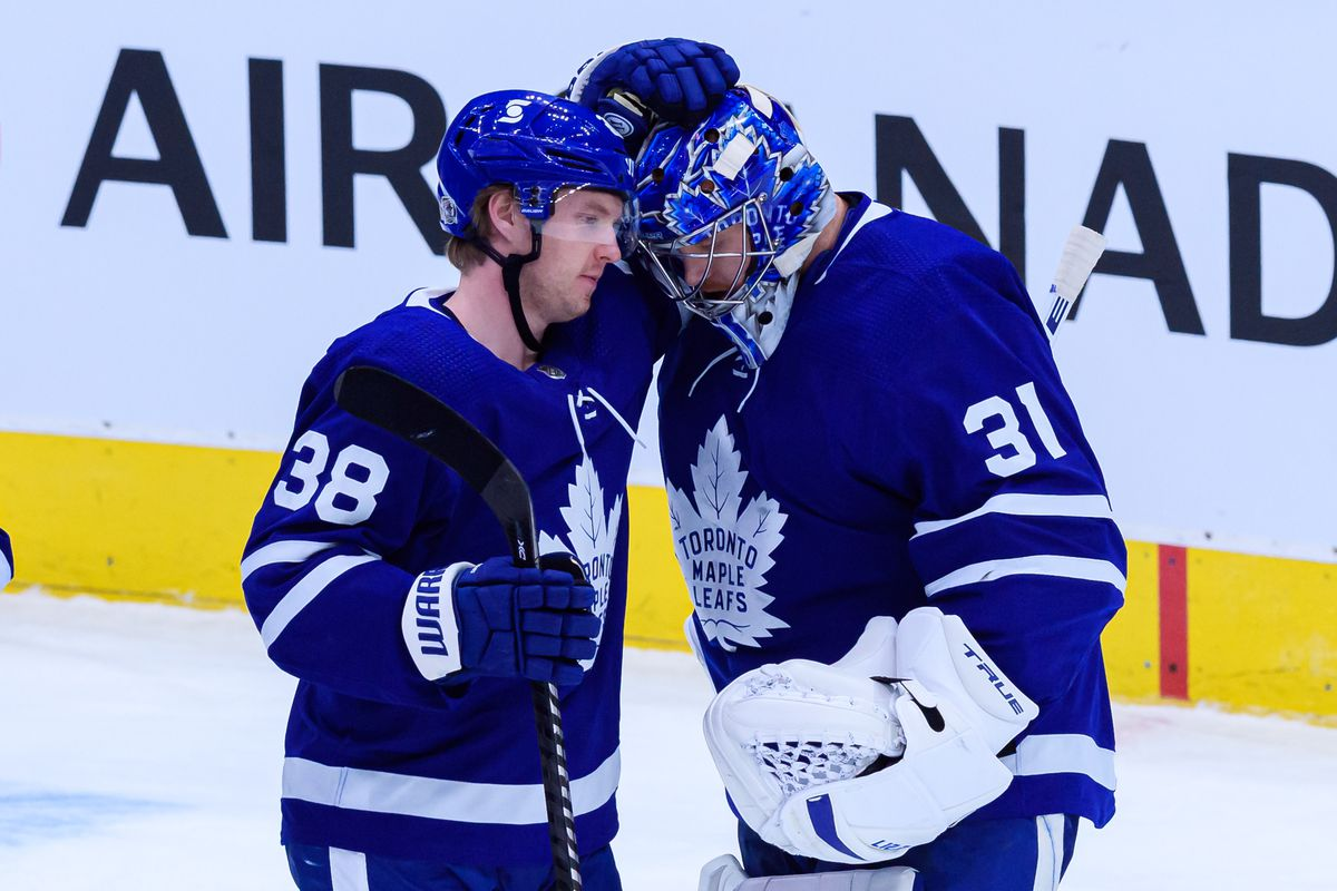 NHL: FEB 08 Canucks at Maple Leafs