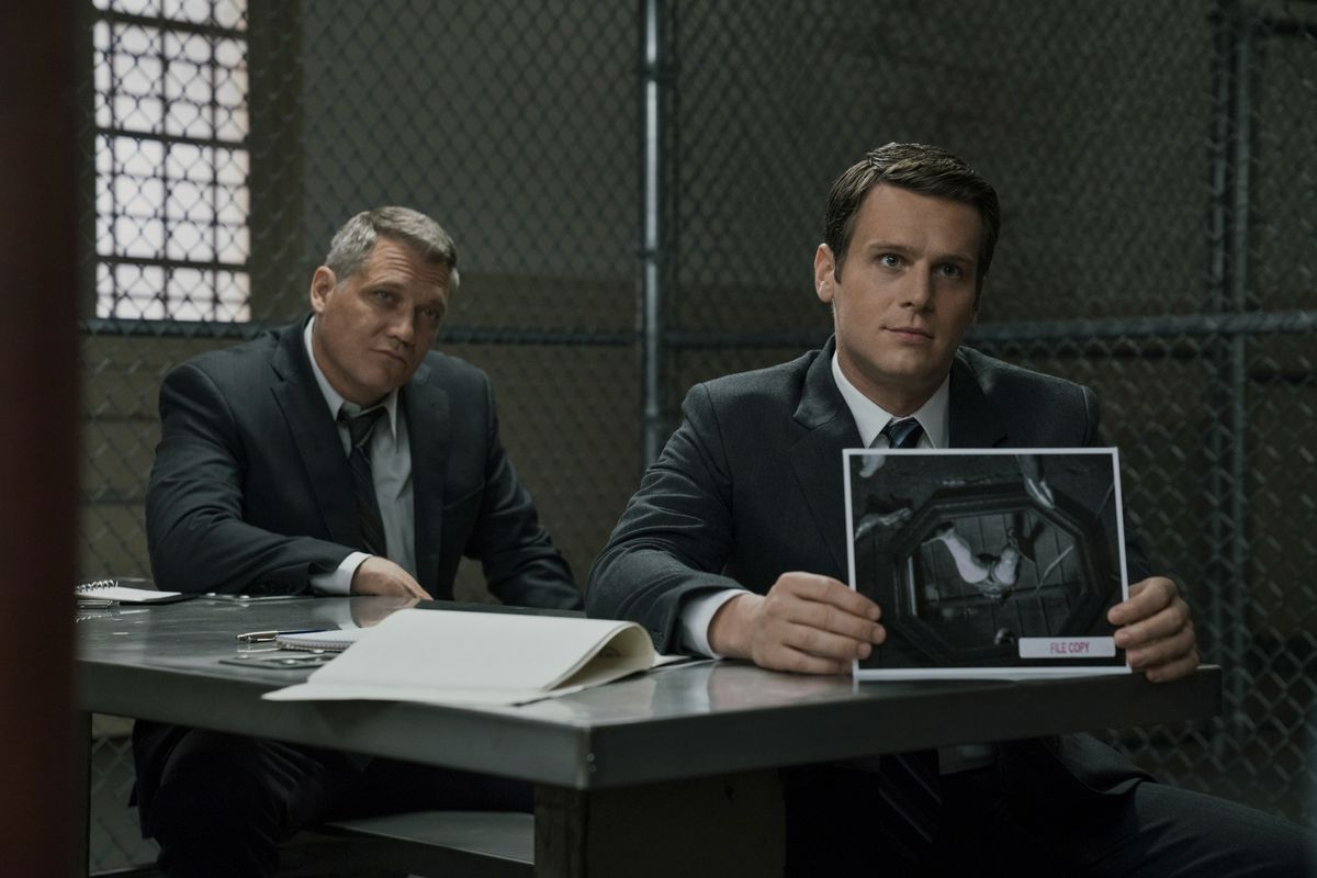 Mindhunter review: Netflix's David Fincher drama rethinks the cop show - Vox