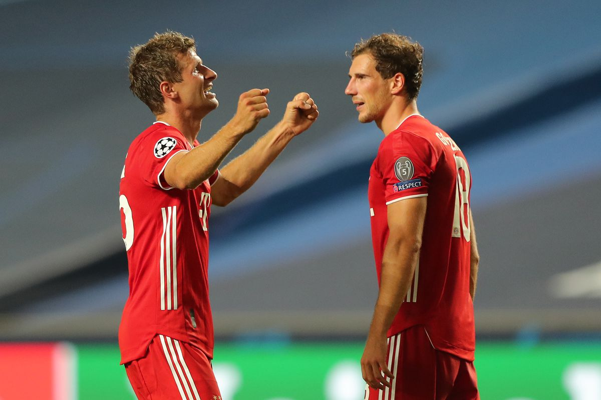 Bayern Munich's Thomas Müller and Leon Goretzka held out after halftime against Lokomotiv Moscow with injuries - Bavarian Football Works