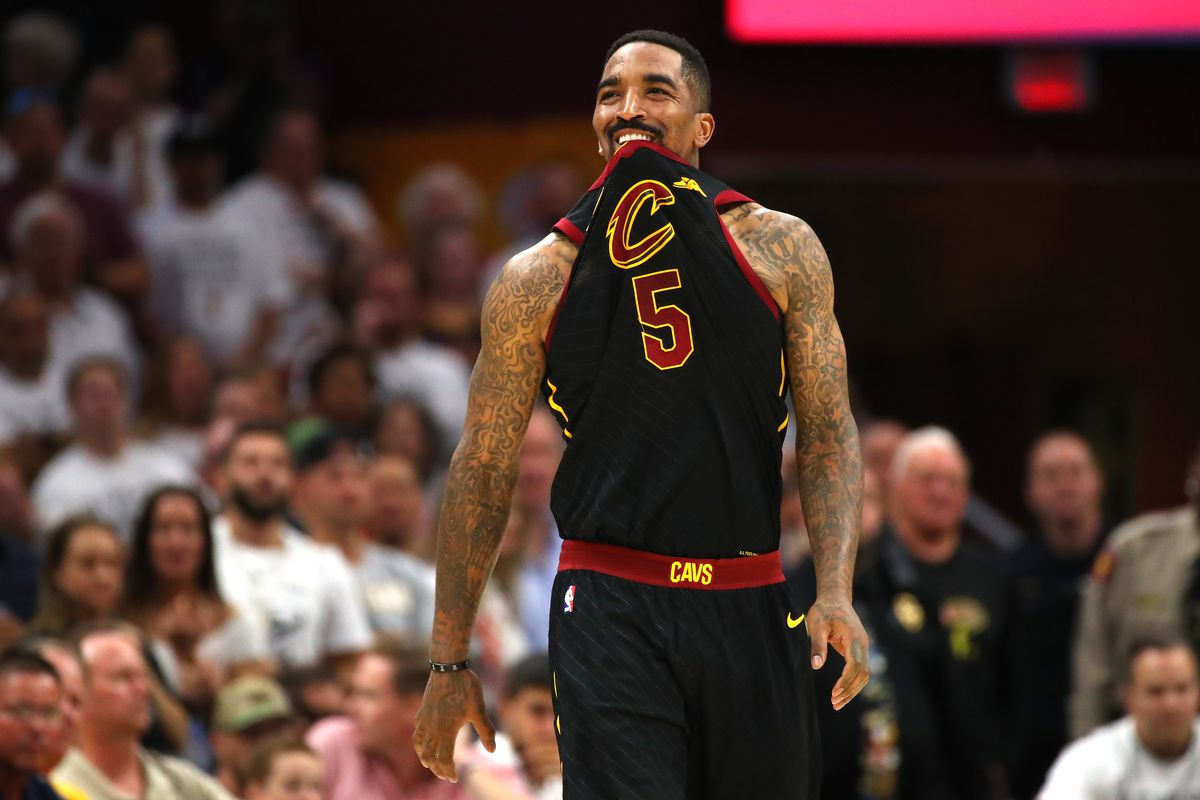 56c613307520 Photo by Gregory Shamus Getty Images. J.R. Smith forgot the damn score in  the final seconds of an NBA Finals game.
