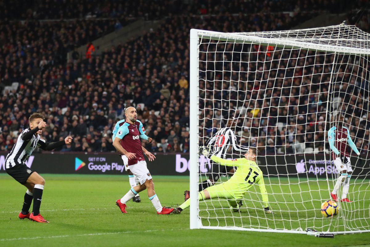 West Ham United v Newcastle United - Premier League