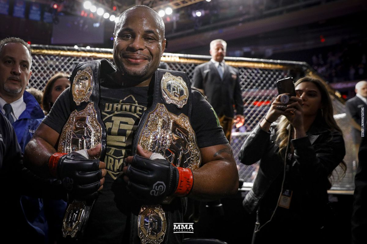 Daniel Cormier, Israel Adesanya, among fighters nominated for Best MMA Fighter ESPY