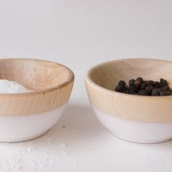 """Flake Mini Bowls, $16. Perfect for anyone <a href=""""http://www.brika.com/flake-mini-bowls-set-of-43"""">who's sign is Cancer</a>."""