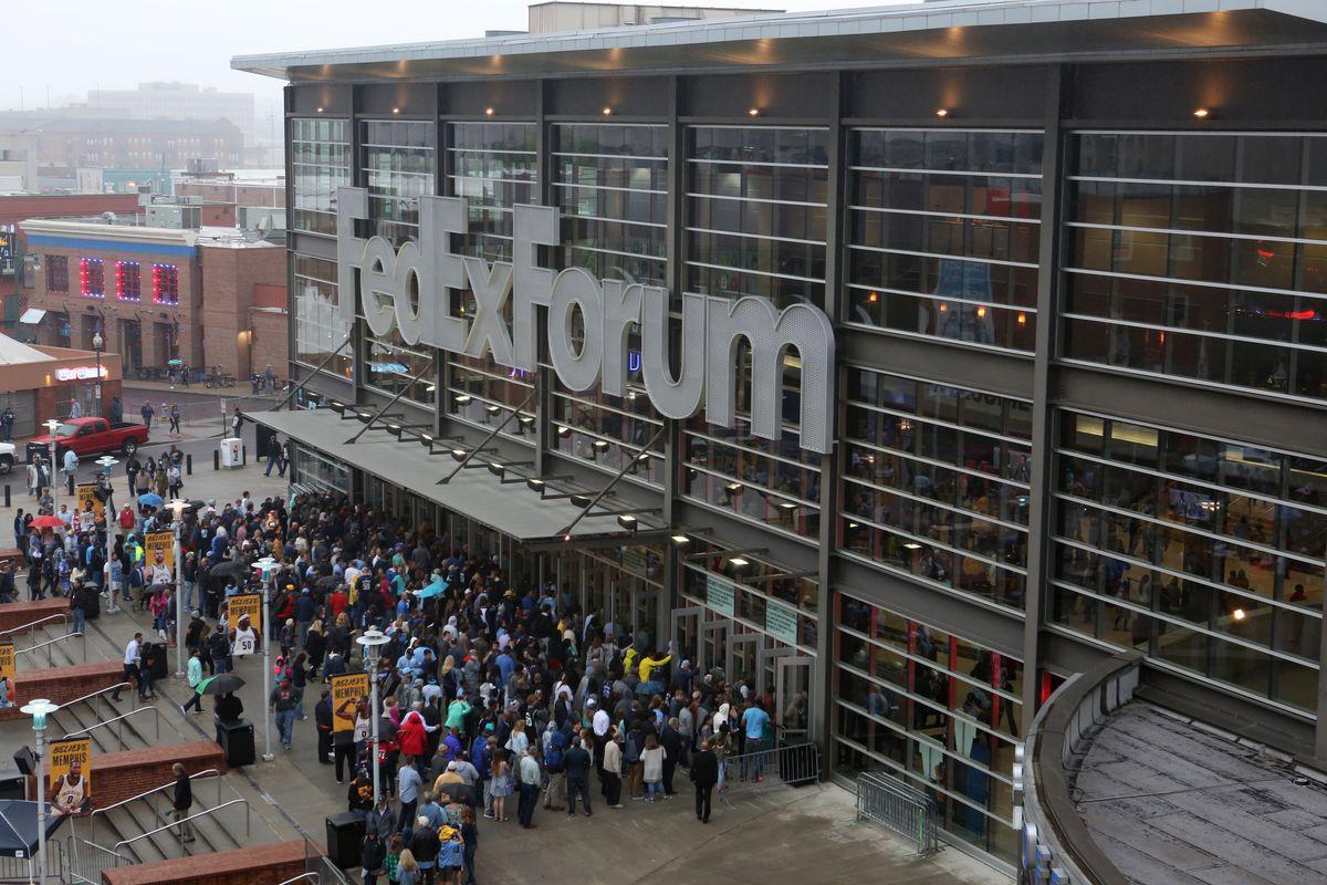 San Antonio Spurs v Memphis Grizzlies - Game Four