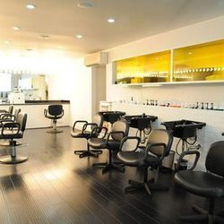 """<span class=""""credit""""><em>Image via <a href=""""https://www.facebook.com/mercerstreetsalon"""">Facebook</a></em>.</a></span> There are plenty of colorists who can do a good blonde, but if you want multi-dimensional red or brunette locks, go to Katie Harris at <"""