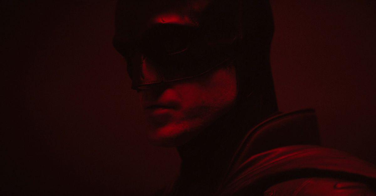 Robert Pattinson's Batman costume revealed in camera test