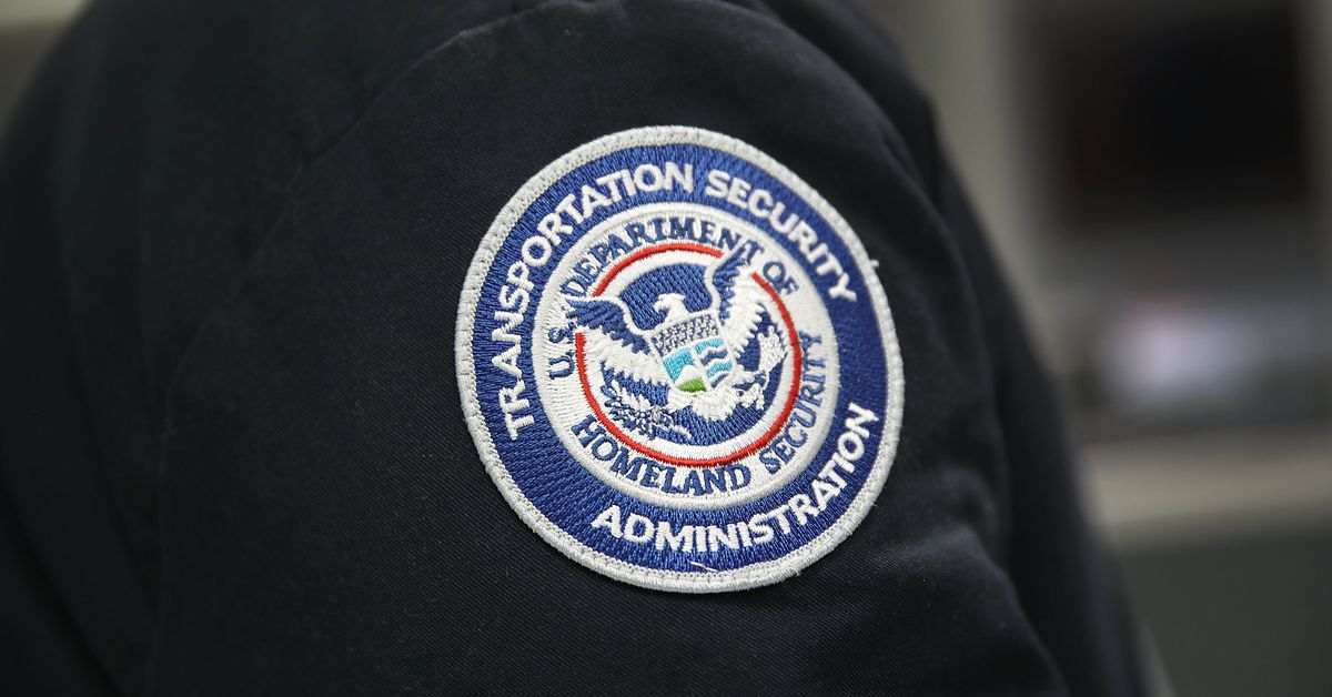 photo image Federal court rules that TSA agents can't be sued for false arrests, abuse, or assault