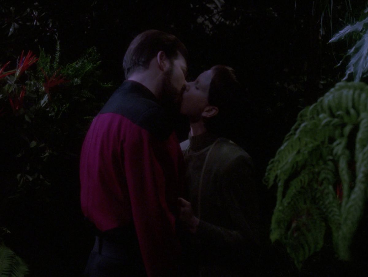 "Commander Riker and Soren kiss in Star Trek: The Next Generation episode ""The Outcast."""