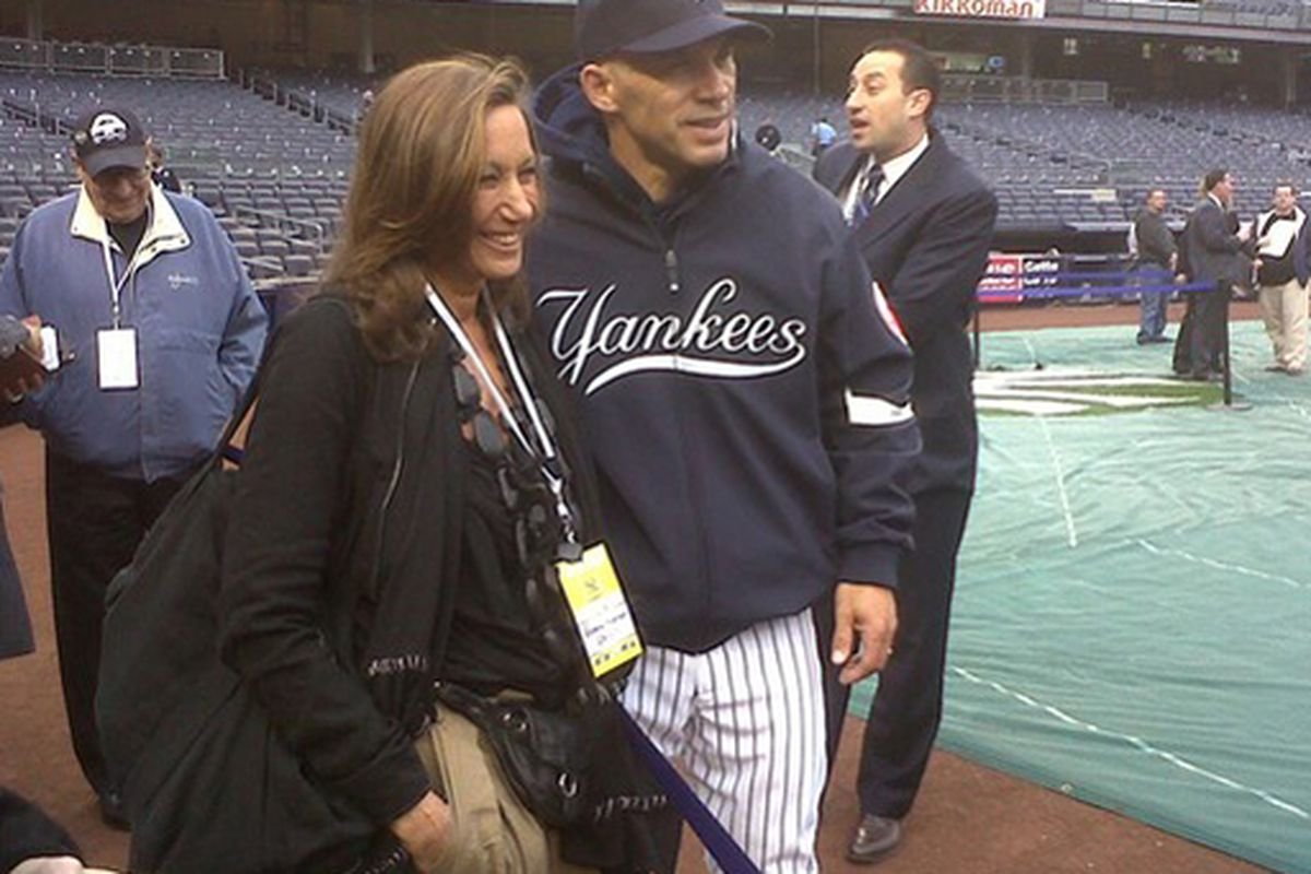 """Donna Karan hangs out with the Yankees. Image via <a href=""""http://wwd2.wwd.com/fashion-news/fashion-scoops/donna-karans-home-run-shrinking-kapoor-finley-on-schedule-3043780?src=rss/fashion/20100419"""">WWD</a>"""
