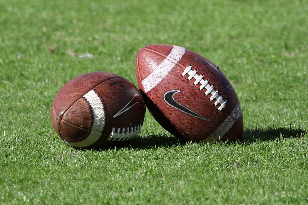 COLLEGE FOOTBALL: NOV 17 Arkansas at Mississippi State
