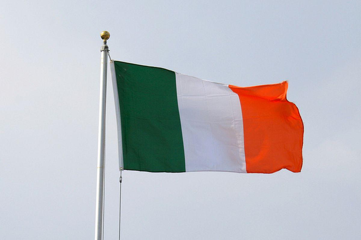 Irish flag 640 flickr http://www.flickr.com/photos/mogello/5647086912/
