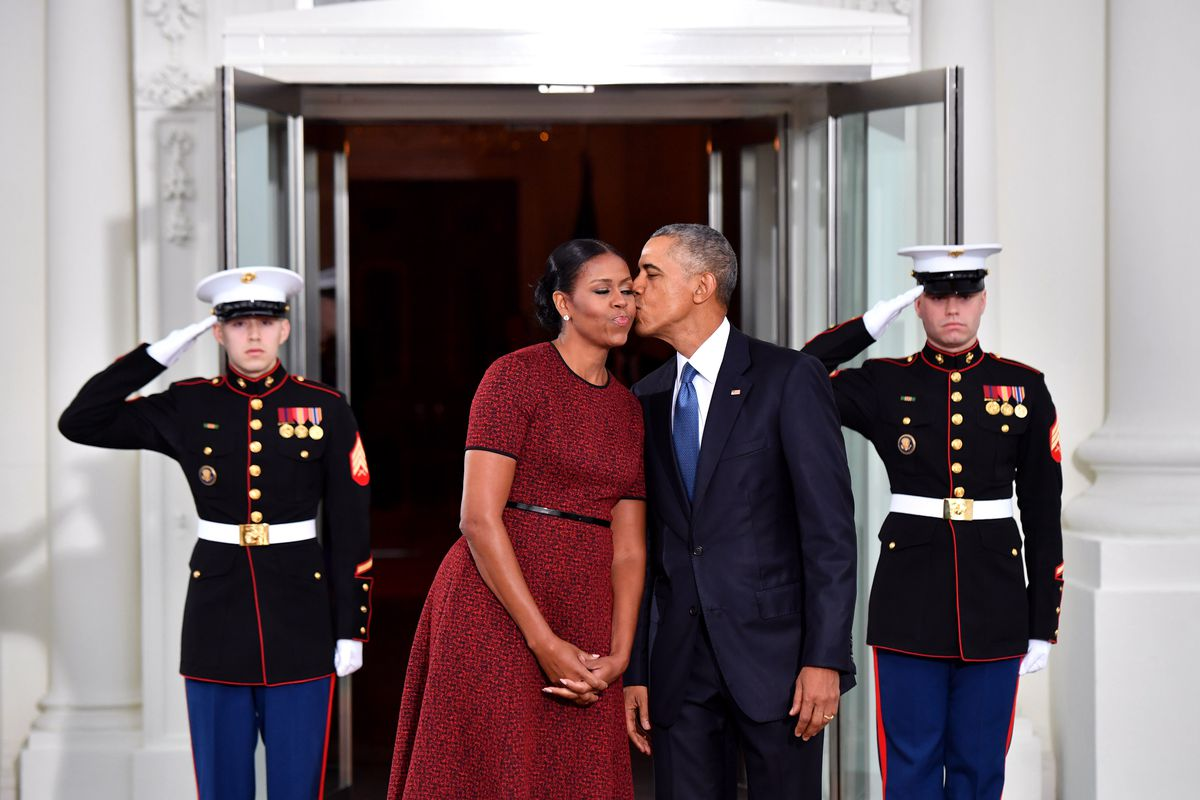 What the Obamas' $65 million book advance actually means - Vox