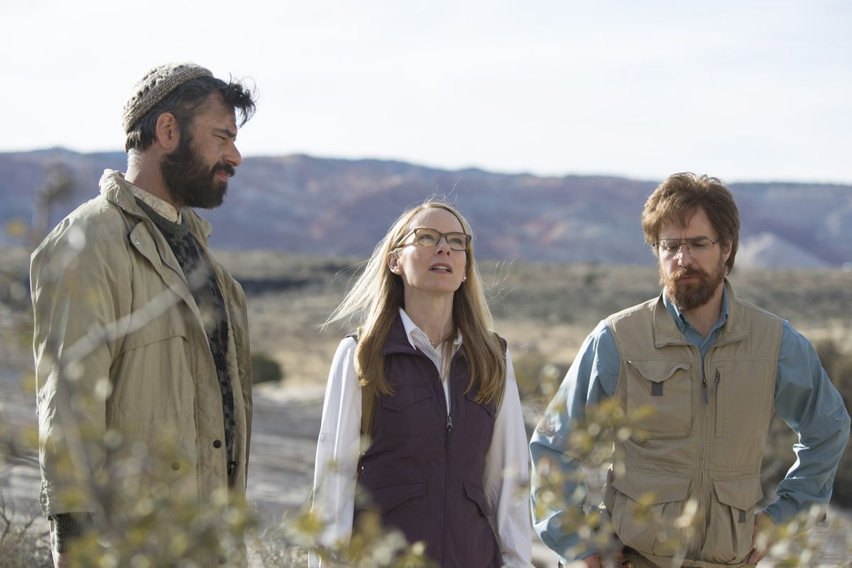 Jemaine Clement, Amy Ryan, and Sam Rockwell in Don Verdean
