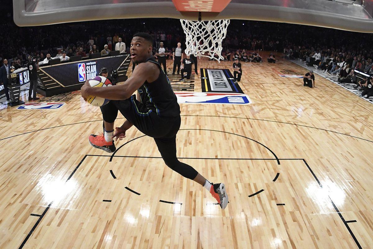 The 2018 NBA Slam Dunk Contest dunks e840704ae3