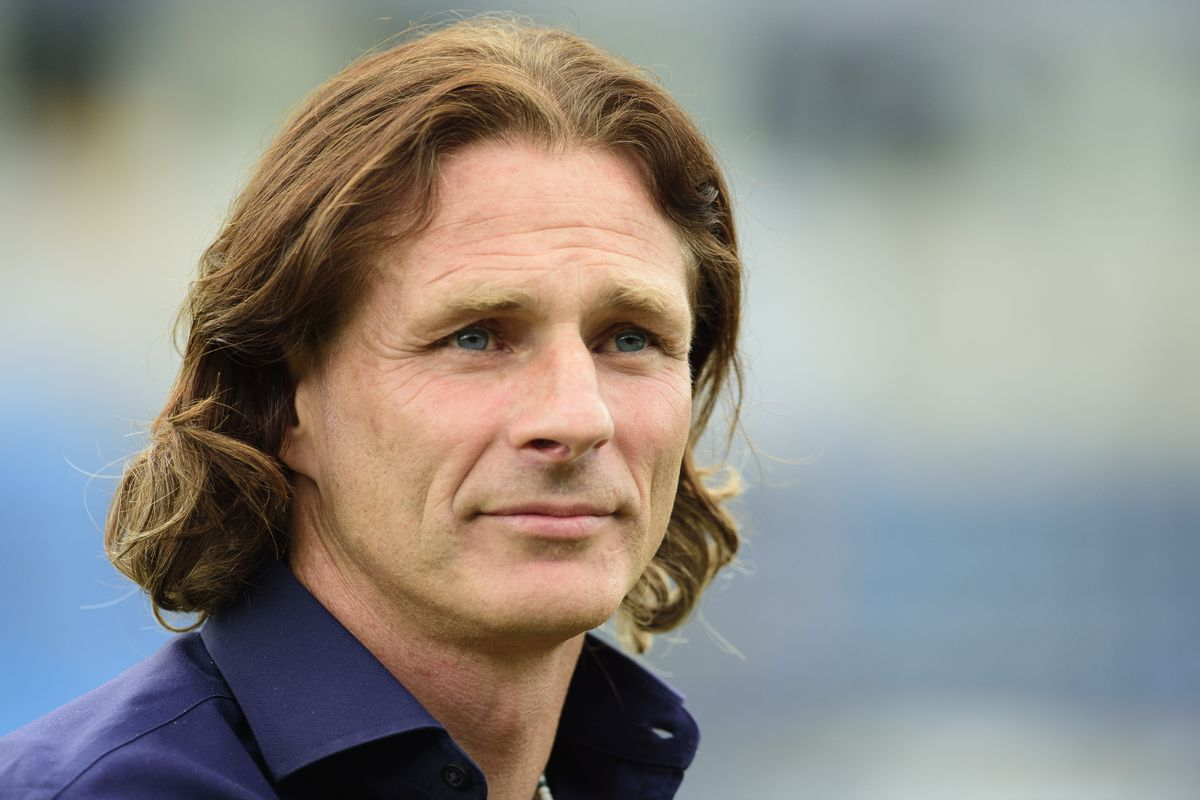 Wycombe Wanderers v Lincoln City - Sky Bet League One