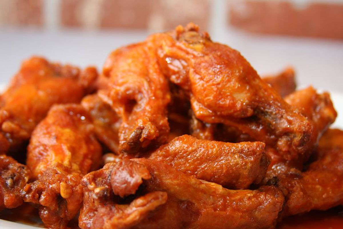 Historic Buffalo Wing Chain Anchor Bar Plans First NYC Location ...