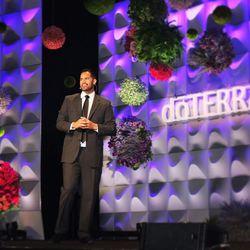 Justin Su'a speaks at the 2017 dTERRA East Coast Leadership Retreat.