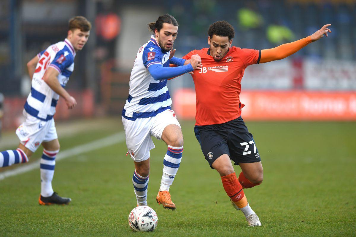 Luton Town v Reading - FA Cup Third Round