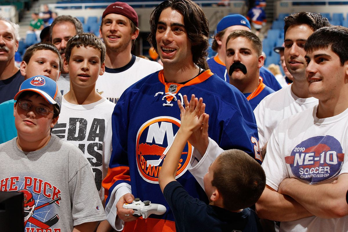 One of these guys is actually Matt Moulson, and one is just a Trevor Gillies impersonator.