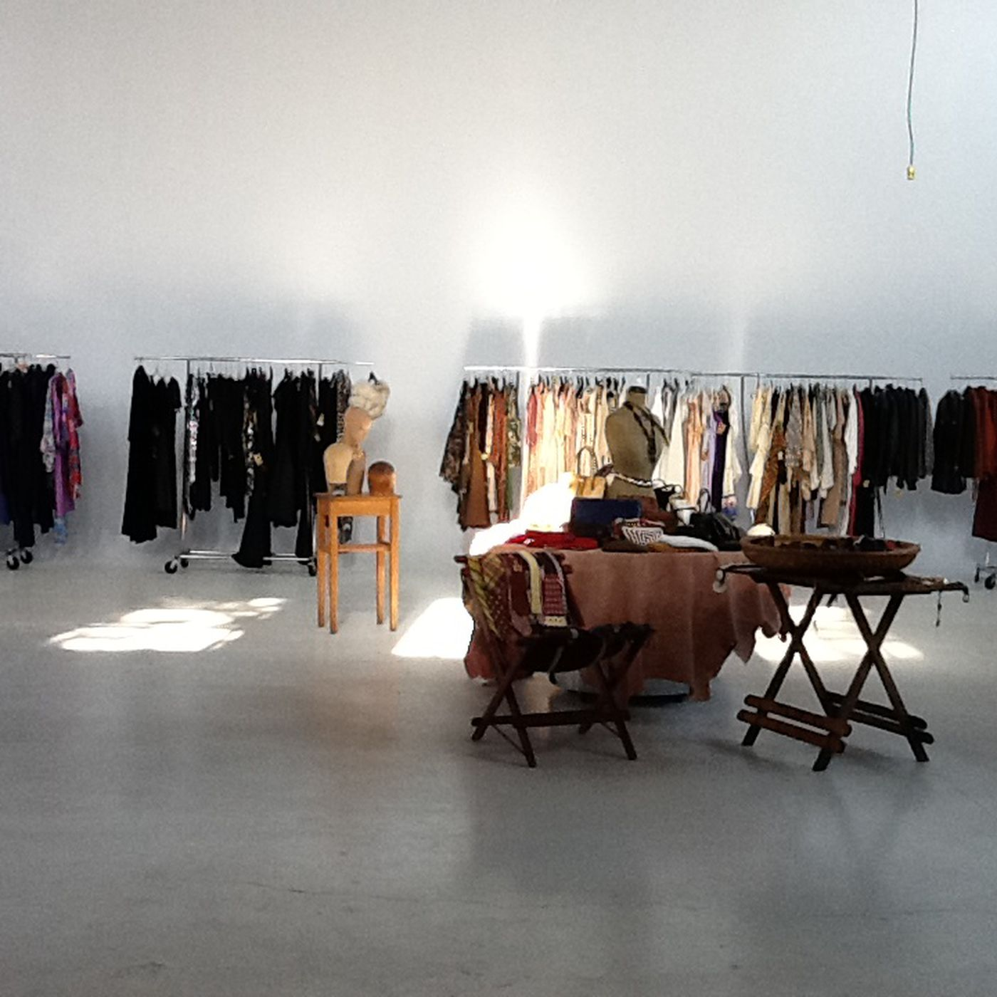 d1b24998 Presenting: The 38 Best Vintage Shopping Experiences in Chicago ...