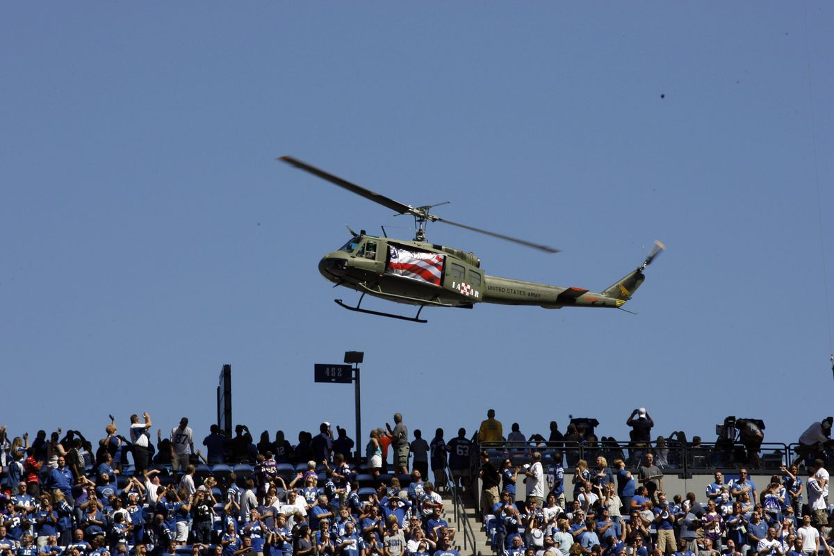 Any time I have an opportunity to post a picture of a helicopter, you had best believe I'm going to do so.